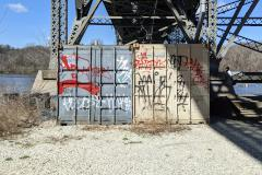 Grafitti on Shipping Containers to Mr. Schlesinger of Philadelphia (056)