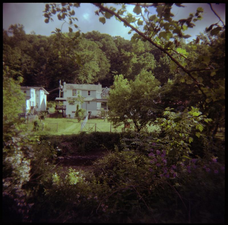 creek-house