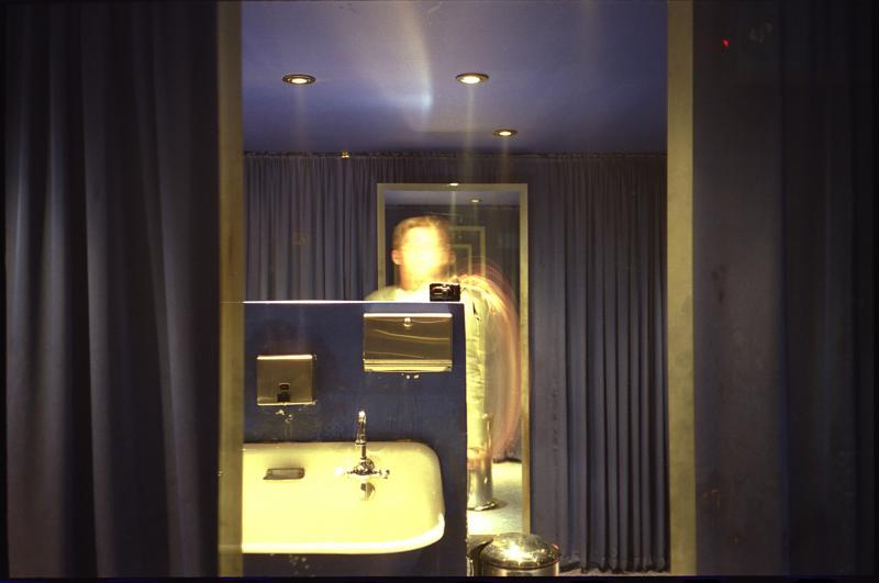 El Vez Bathroom