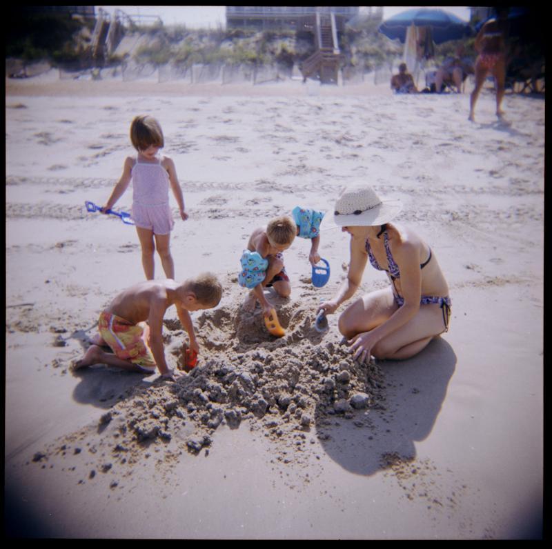 holga-beach-2