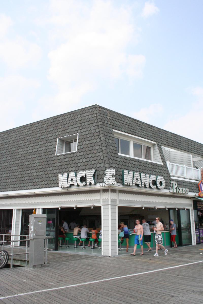Mack  Manco