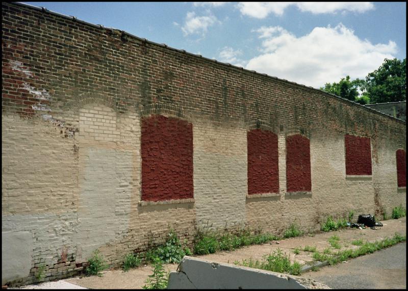 mantua wall